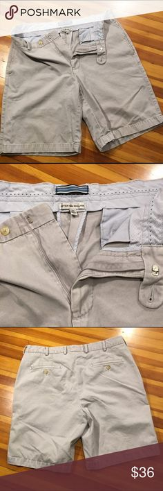 Men's Peter Millar Shorts These Gray Size 34 Men's Peter Millar Shorts are in excellent condition. Awesome deal on some super quality shorts! Peter Millar Shorts Flat Front