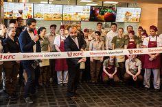 Jedna z prvních a nejnavštěvovanějších restaurací KFC na I. P. Pavlova prošla kompletní rekonstrukcí a 4. března 2016 se znovu otevřela pro zákazníky. KFC, expert na kuřecí speciality, představuje nové pojetí interiéru restaurací, které staví na historických základech značky a posiluje komunikaci hlavních hodnot KFC. Těmi jsou kvalita, čerstvost, lokální dodavatelé a ruční příprava pokrmů…
