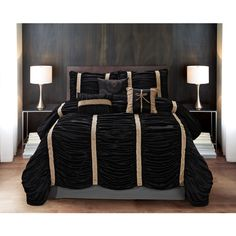 7 Piece Baraniece Black Gold Comforter Set 49 Liked On Polyvore Featuring Home Bed Bath Bedding White And Gold Comforter Bed Comforter Sets Gold Bed