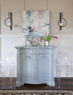 Dining room design by Jennifer Schoenberger design
