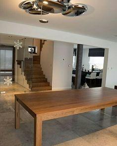 """Na pewno słyszeliście stwierdzenie """"stół z powyłamywanymi nogami"""". Nasze są na szczęście kompletne, z czterema nogami i do tego oryginalne bo drewniane;) Zapraszamy do galeriihttp://www.schody-mika.pl/galeria.htm #schodymika #schody #stairs #stół"""