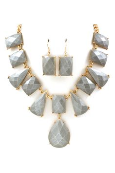 London Necklace Set in Ashen Shimmer