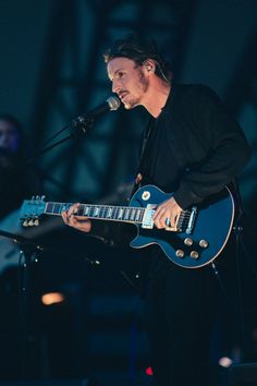 adj brown: Ben Howard live at The Eden Project