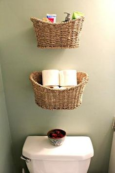Soluciones de guardado para baños pequeños