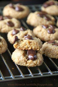 Vegan Flourless Peanut Butter Chocolate Chip Cookies