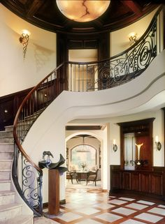 Classic Sophisticated Entry - 1