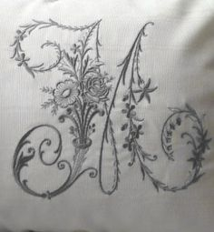 ⌖ Linen & Lace Luxuries ⌖  M monogram with flowers
