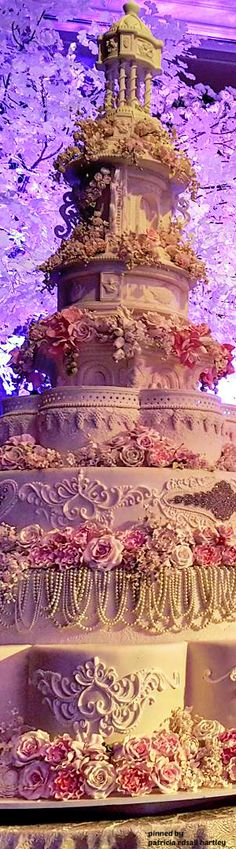 Holy Tower of Wedding Cake!!!! It can serve a small town!!! Cream and Lace