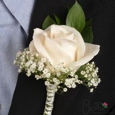 rose with baby's breath---matches the last bouquets I pinned perfectly!