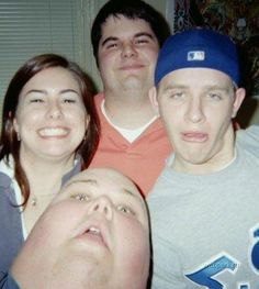 That awkward moment when you look like a giant thumb...........