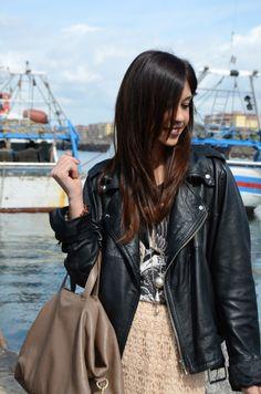 Io, la mia bag Givenchy, skirt in macramè soft pink Zara e la mia t-shirt black rock sempre Zara!  Sea Inspiration # TO BE # Radical Chic!