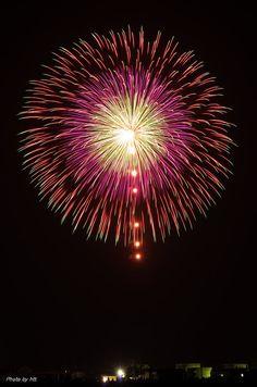Fireworks Images, Fireworks Art, Fireworks Photography, Vintage Menu, Fire Works, Hanabi, How To Make Light, Amazing Nature, Dark Art