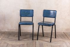 BLUE DINING CHAIRS VINTAGE STYLE STACKABLE RESTAURANT SEATING