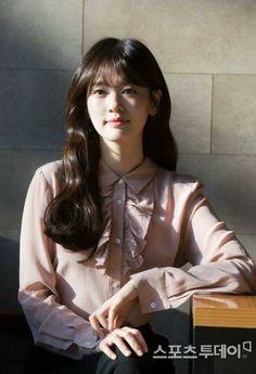 Jung So Min 29 Jung So Min, Hwang Jin Uk, Baek Seung Jo, Korean Drama Series, Her Cast, Most Beautiful, Beautiful Women, Young Actresses, Kim Woo Bin