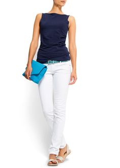 casual look with white jeans from Mango