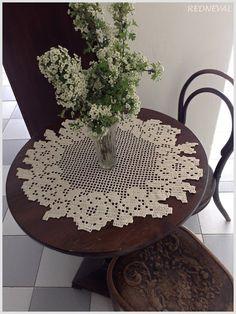 REDNEVAL Crochet Placemats, Crochet Doily Patterns, Crochet Doilies, Crochet Flowers, Crochet Lace, Crochet Stitches, Filet Crochet, Irish Crochet, Crochet Circles