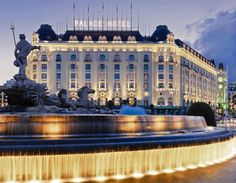 Tour The Westin Palace, Madrid with our photo gallery. Our Madrid hotel photos will show you accommodations, public spaces & more. Madrid Hotels, Monaco, Romantic Resorts, Beste Hotels, Best Hotel Deals, Palace Hotel, Great Hotel, Beautiful Hotels, Amazing Hotels