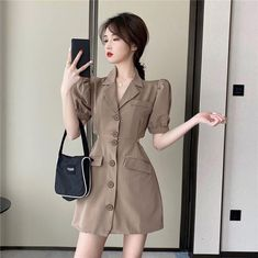Kpop Fashion Outfits, Korean Outfits, Fashion Design Sketches, Character Outfits, Office Fashion, Asian Style, Ulzzang Girl, Asian Fashion, Aesthetic Clothes