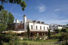 Restaurant l'Ile  Parc de l'Ile Saint-Germain  170 quai Stalingrad  92130 Issy-les Moulineaux  01 41 09 99 99