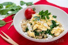 Miešané vajíčka so špenátom, quinoou a kozím syrom Fried Rice, Bon Appetit, Tofu, Quinoa, Risotto, Smoothie, Fries, Good Food, Low Carb