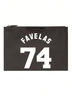 #givenchy #clutch #favelas74 #prints #black #bags #clutches #womensfashion www.jofre.eu