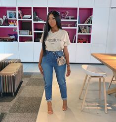 Tees and baggy jeans is actually my uniform, i loveeee it, especially when the jeans fit perfectly like this. Full fit from Cute Outfits With Jeans, Mom Outfits, Everyday Outfits, Chic Outfits, Fashion Outfits, Tomboy Fashion, Girl Fashion, Looks Chic, Skinny