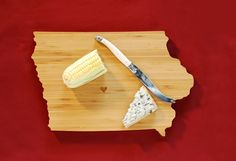 I might need an Iowa-shaped cutting board. Who doesn't, really?