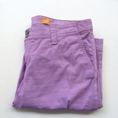 Like new, Lavender Chinos Hyphen Fit by Pilcro These are so cute! I love the color and they're super comfortable. Excellent condition, worn once but I'm just not a colored Jean/pants fan on me. So, passing them along! Size 28 (6), by Pilcro & the Letterpress, from Anthropologie. Anthropologie Pants