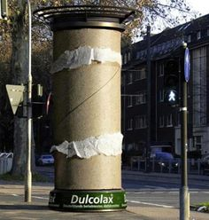 Nice way to get noticed (if you sell toiletpaper) #GuerillaMarketing