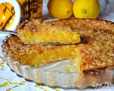 Мега-лимонный пирог! Невероятно ароматный и насыщенный лимонным вкусом. У этого пирога мало теста и очень много начинки! Сверху хрустящая миндально-сахарная корочка. Готовить его очень просто и быстро. Добавляю апельсин для того, чтобы подчеркнуть вкус и аромат, а также для красивого цвета. Рекомендую любителям лимонной выпечки!  Стакан 250 мл,форма диаметром 26 см.