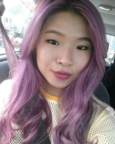 Thanks to Overtone Vibrant Pink + Purple Conditioner and Pastel Pink + Purple Go Deep Treatment my lilac hair is looking fresh and vibrant af! #overtone @overtonecolor #vibrantpink #vibrantpurple #lilachair