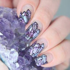 Dreamy Crystal nail art