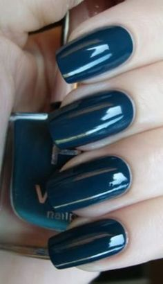 This is an awesome color! Dope Nails, Glam Nails, Fancy Nails, Beauty Nails, Pretty Nails, Latest Nail Designs, Cute Nail Designs, Nail Stuff, Girly Stuff