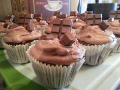 hmmh! MUFFINS! :D Muffins, Desserts, Food, Chef Recipes, Cooking, Tailgate Desserts, Muffin, Deserts, Essen