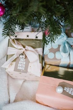DIY gift wrap for the holidays