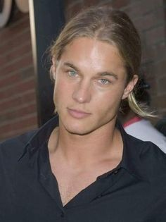 travis fimmel jpg | travis fimmel images wallpapers | ImagesBee