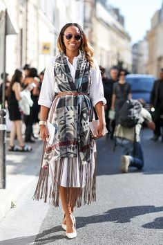 80 French Style Lessons To Learn Now #refinery29 http://www.refinery29.com/2014/10/75565/paris-street-style-photos-fashion-week-2014#slide21 Don't: Forget that simple pieces — like shirt dresses — can be pumped up, too.