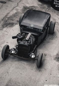 This #HotRod is ready for a #race.