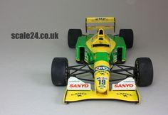 Benetton Ford B192  #19 Michael Schumacher 1992 F1  Tamiya kit #20036