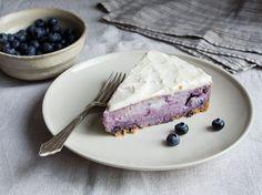 Blaubeer-Käsekuchen mit Crème-fraîche-Glasur