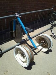 Funny pictures about The best kind of engineering. Oh, and cool pics about The best kind of engineering. Also, The best kind of engineering. Dh Velo, Redneck Humor, Drift Trike, Pedal Cars, Vw Cars, Bike Rack, Go Kart, Cool Bikes, Funny Pictures