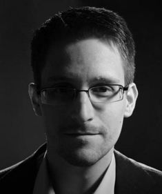 James Risen on NSA Whistleblower Edward Snowden: He Sparked a New National Debate on Surveillance Edward Snowden, Jimmy Wales, Glenn Greenwald, Freedom Of The Press, Amnesty International, Free Thinker, Conservative News, The New Yorker, The Guardian
