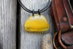 Butterscotch Baltic Amber Pendant Yellow Raw Stone Charm For Man Unisex Jewelry Rustic Gift for him Dad Father's Day op Etsy, 55,76 €
