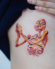 Today we would like to show you 15 cute small tattoos. A smaller piece of body art is perfect for those Tatoo Art, Get A Tattoo, Body Art Tattoos, Small Tattoos, Tatoos, Modern Tattoos, Pretty Tattoos, Beautiful Tattoos, Tatouage Sublime