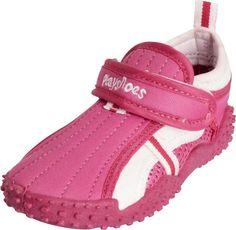 Waterschoentje voor meisjes in de kleur roze. Deze UV-waterschoentjes (UPF80) hebben een anti-slipzool en zijn voorzien van een handige klittenband-sluiting.