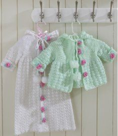 Picture of Hooded Bunting and Sweater Set Crochet Pattern Crochet Hood, Crochet Bebe, Cute Crochet, Crochet For Kids, Crochet Crafts, Crochet Projects, Cute Sweaters, Baby Sweaters, Long Sweaters