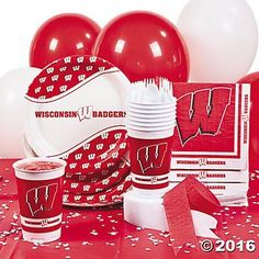 Wisconsin Badger College Football Tailgating Hoopla Pack