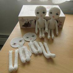 Cómo coser una muñeca con su propia patrones manos Photo