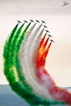 Photograph Tricolore by Stefano Garau on Images For Independence Day, Happy Independence Day India, Independence Day Wallpaper, Independence Day Background, Air Force Wallpaper, Flash Wallpaper, Planets Wallpaper, Indian Flag Wallpaper, Indian Army Wallpapers
