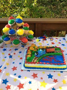 Thomas the Train Party (diy birthday cake man) Thomas Birthday Parties, Thomas The Train Birthday Party, Trains Birthday Party, Train Party, Diy Birthday Cake, Bear Birthday, Birthday Fun, Friend Birthday, Birthday Ideas
